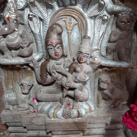 क्या है शिव का त्रि-देव रुप?