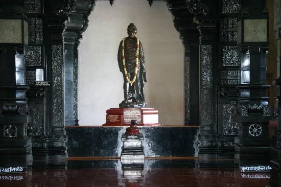 WHO IS A GURU?HOW DO WE RECOGNISE & ACQUIRE AN EVOLVED SPIRITUAL GUIDE ?GURU-08