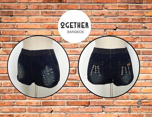 BC-002: กางเกงขาสั้นชายโค้งแถบกว้างด้านข้าง แต่งขาดฟอกสนิม (ยีนส์ยืด)