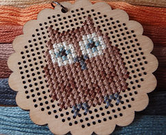 counted cross stitch owl motif