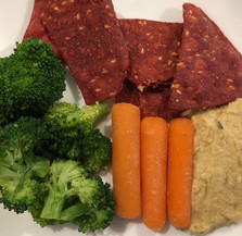 healthy snack broccoli and beet chips.jp