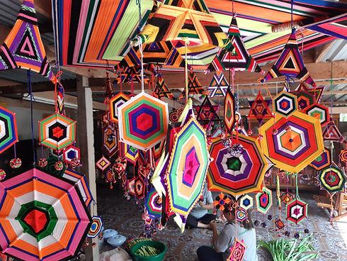 Creative tourism crafts Thailand.jpg