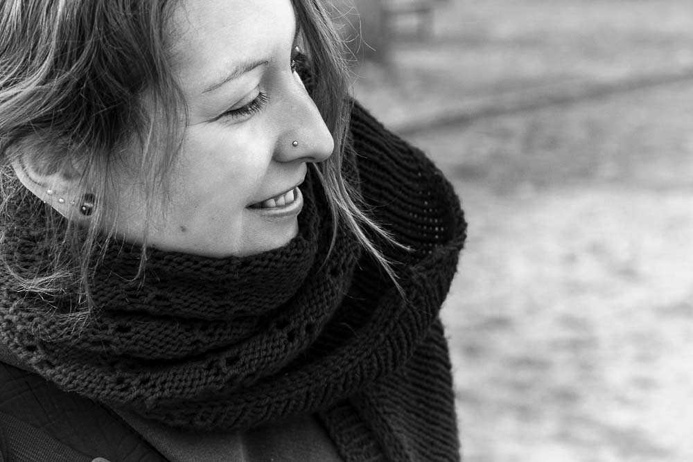 Linda in the Wuhlheidepark Portrait-SW