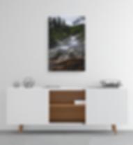 Fliessender Bach gefallener Baum im Vordergrund als Leinwanddruck Wanddekoration Moteefe Shop Foto Jut Is