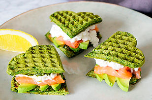 healthy_valentines_snacks_waffles_spinac