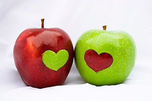 healthy_valentines_snacks_heart_apples.j