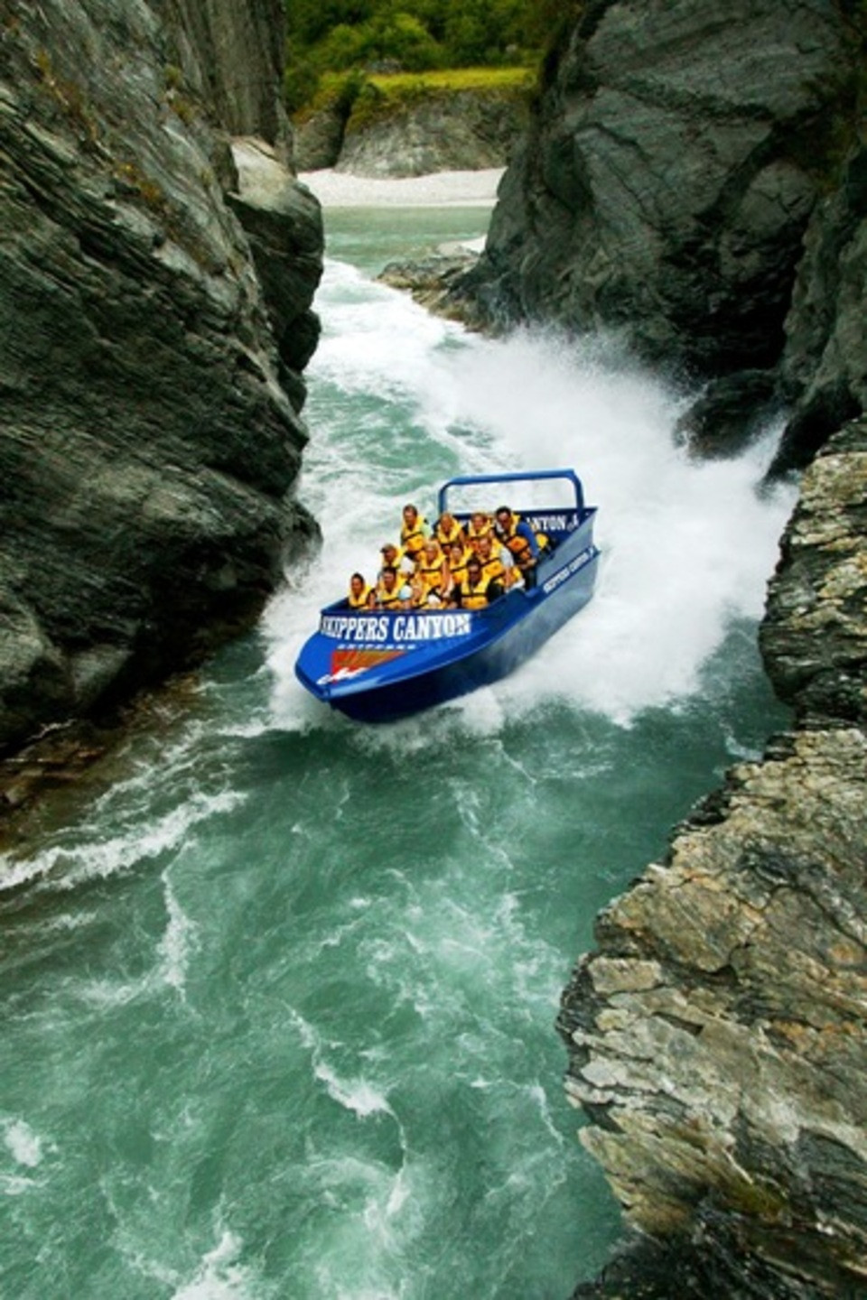 Skippers Canyon high speed jet boat in New Zealand