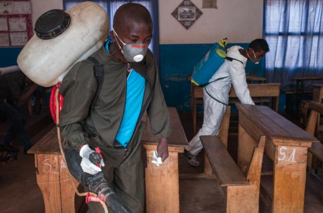 Désinfection de l'école Règne contre la peste à Madagascar