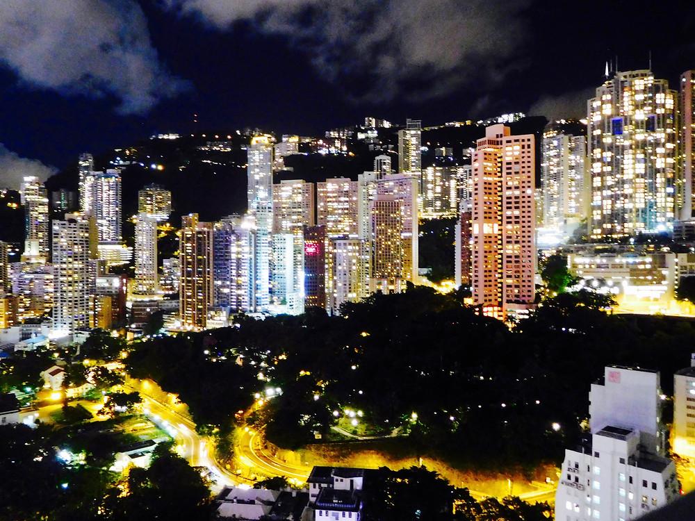Ce La Vie, Hong Kong Skyline