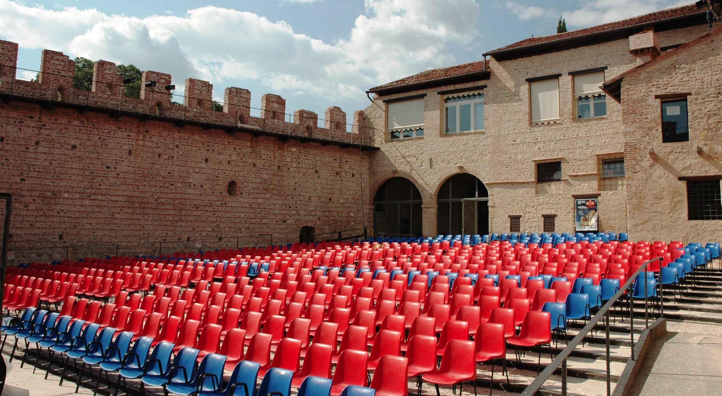 Teatro Tito Gobbi