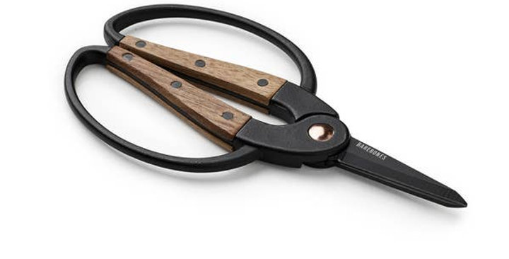 Walnut Garden Scissors