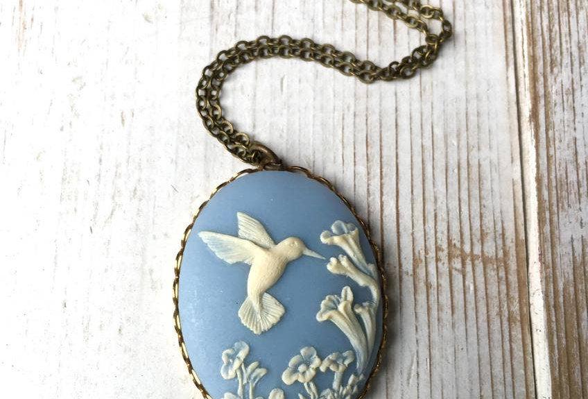 Hummingbird Cameo Necklace