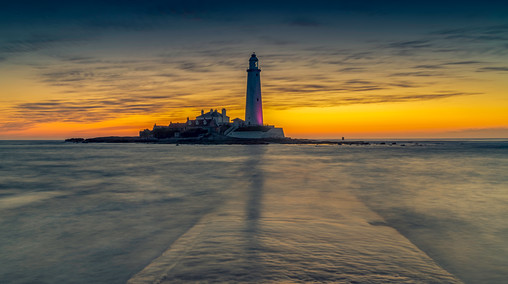 Break of Dawn At St Mary's Lighthouse, Tynemouth