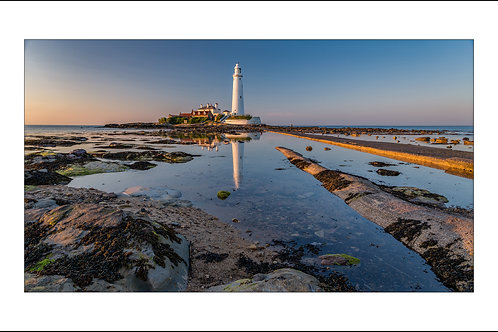 St. Mary's Lighthouse,Reflection
