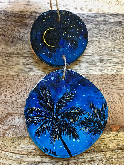 Dusky Palms - Ornament Hanger