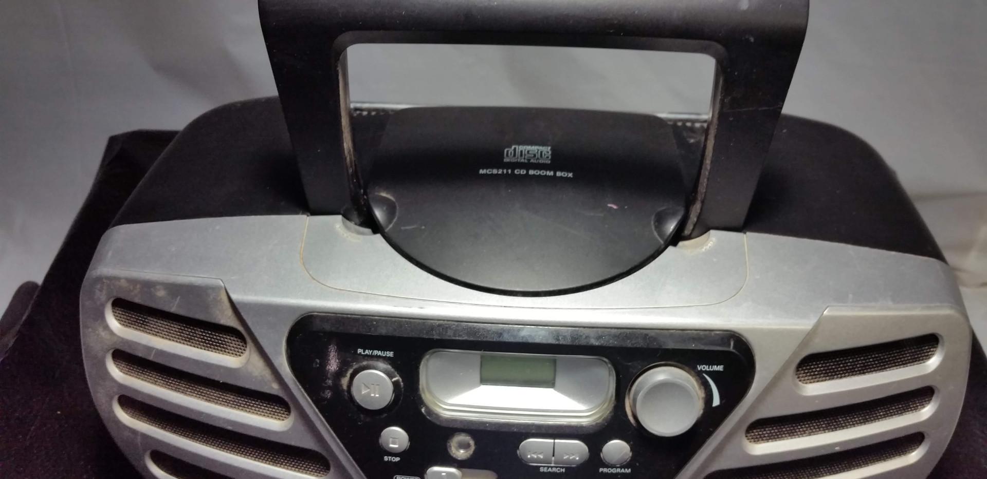 Magnavox Mini Boombox