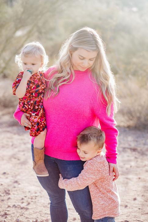 Gilbert Family Photographer-25.jpg
