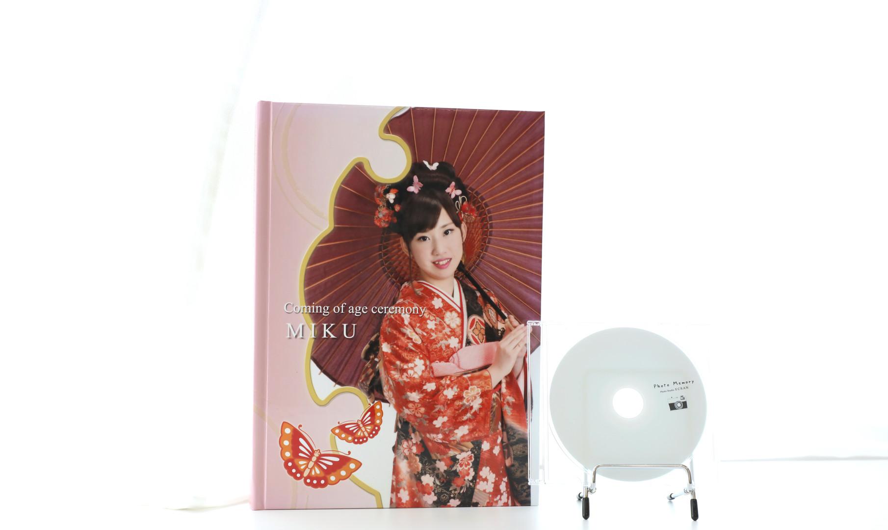 A4+CD.jpg