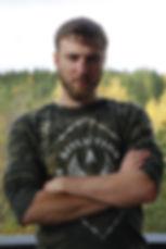 Вади Журавлёв BadVadim инструктор школы спортивного ножевого боя Рать