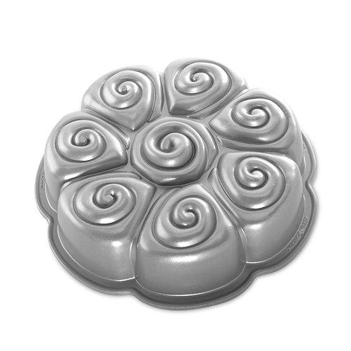 Cinnamon Pull-Apart Pan