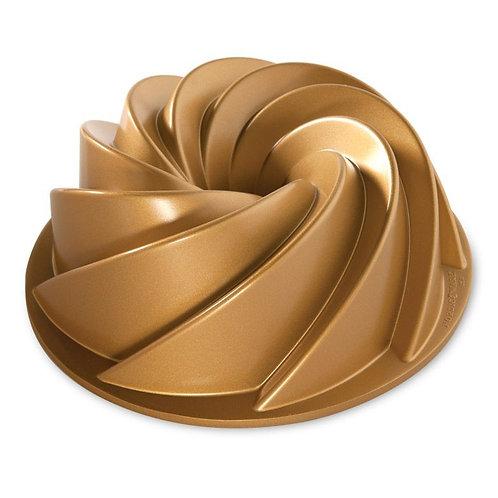 Heritage Bundt® Pan (Gold)