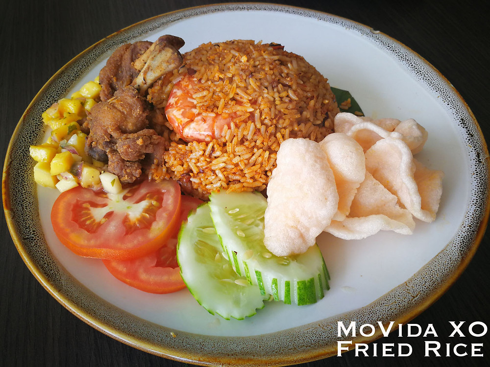 serembanonline photograph of MoVida XO Fried Rice with Boxed Chicken at MoVida, d'Tempat Country Club at Sendayan by photographer Nic Falconer nicaliss