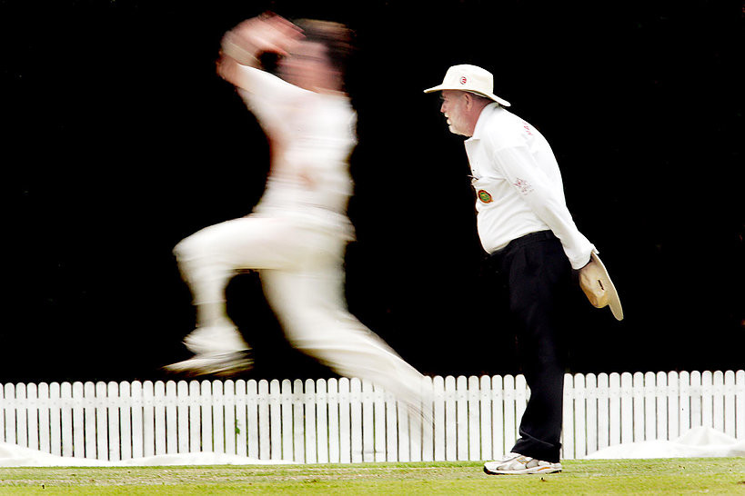 serembanonline photograph of a cricket match and a bowler by photographer nicaliss Nic Falconer