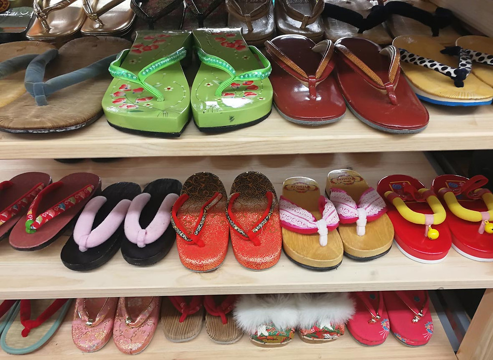 serembanonline photograph of jalan jalan japan Japanese slippers/shoes  at Centrepoint shopping centre by photographer Nic Falconer nicaliss