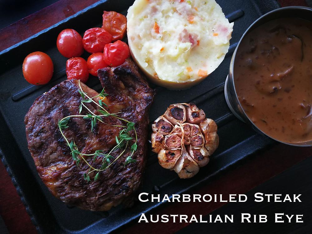 serembanonline photograph of the Charbroiled Australian Rib Eye Steak at MoVida, d'Tempat Country Club at Sendayan by photographer Nic Falconer nicaliss