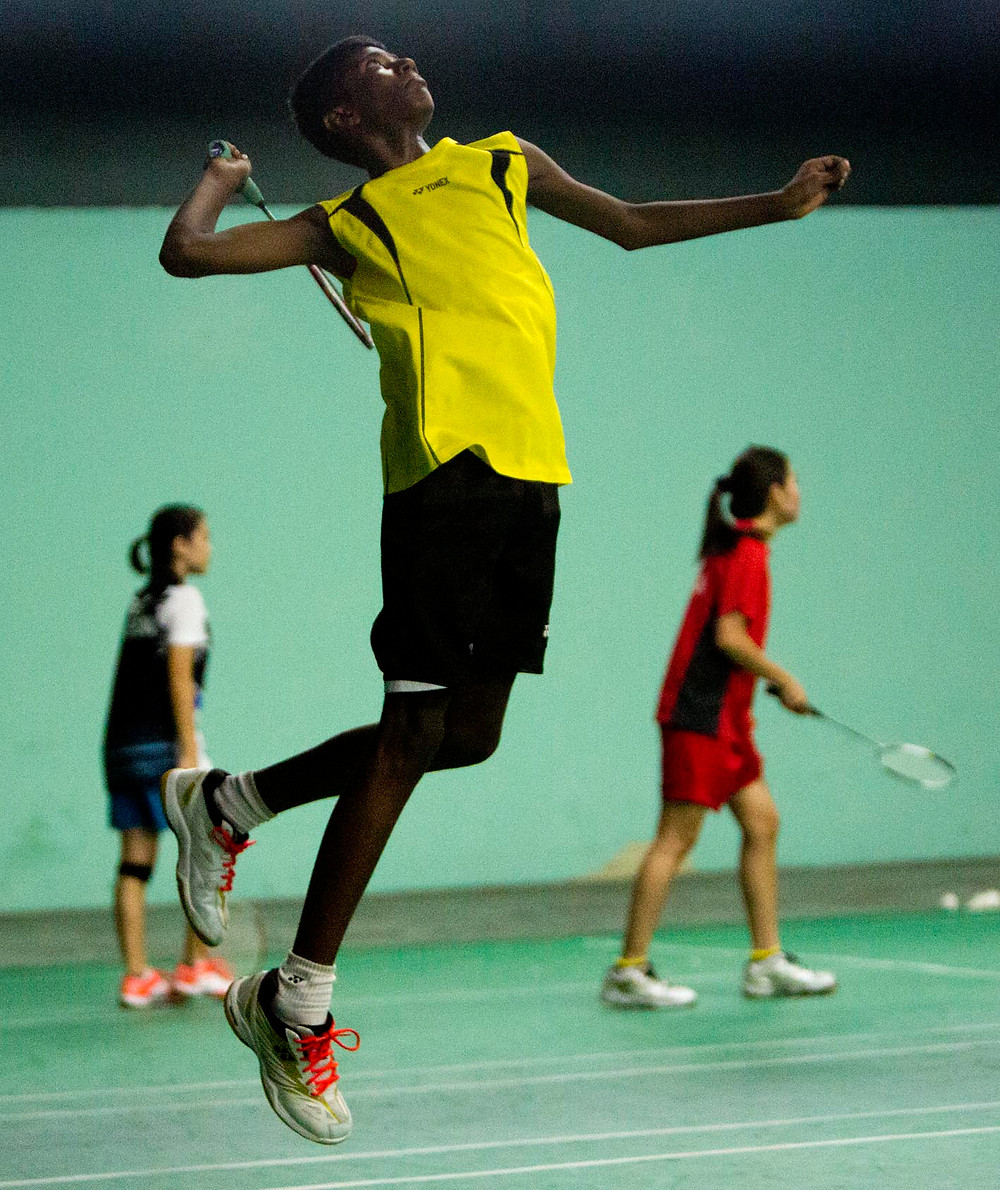 serembanonline photograph of a badminton player by photographer Nic Falconer nicaliss