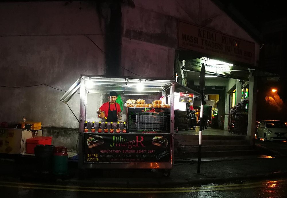 serembanonline photograph of ABA burger stall three months agoat Ampangan outside UTC by photographer Nic Falconer