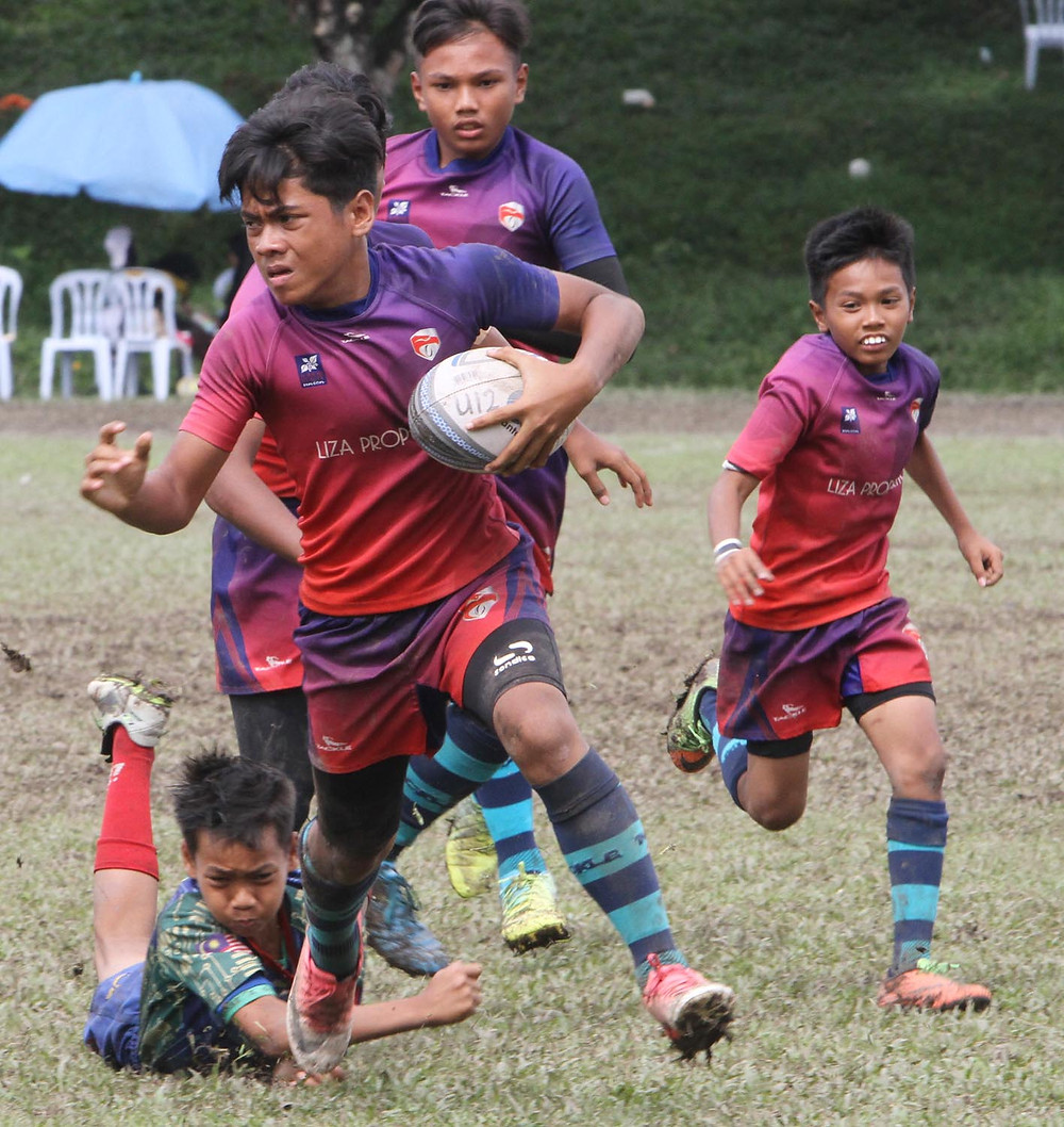 serembanonline photograph of KGV rugby 10's at KGV fields by Nic Falconer nicaliss