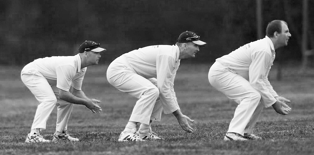 serembanonline photograph of cricket players in slip position by photographer Nic Falconer nicaliss