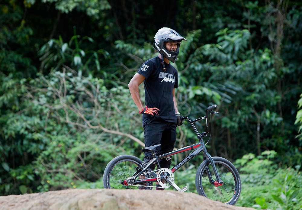 Serembanonline photograph taken by Nic Falconer of BMX racing team at Kuala Pilah Negeri Sembilan. Eldest club member Najib Yunus is the Malaysian Masters champion and an inspiration to the young riders. Pic by nicaliss photographer  Nic Falconer
