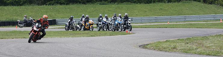 hero-motorradkurse-adr2_edited.jpg
