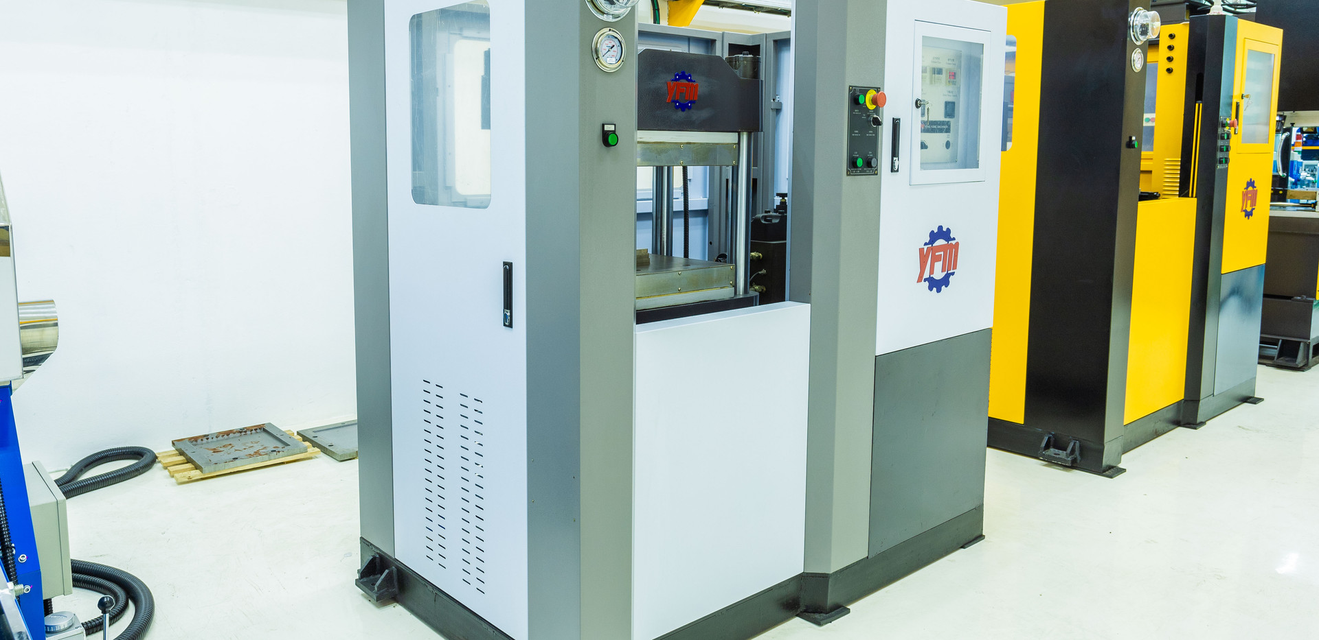 Lab-Scale Compressor