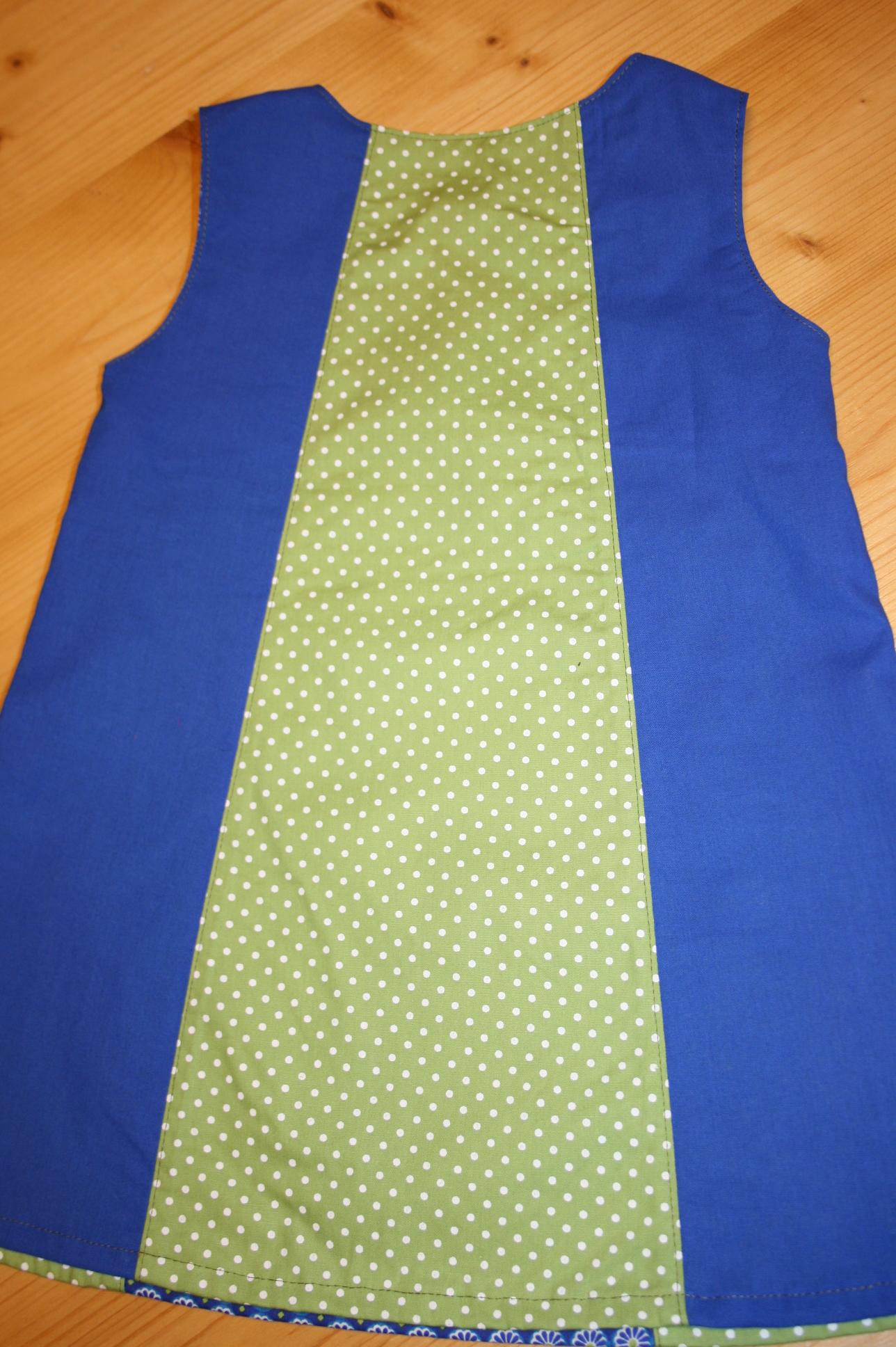 Kleid blau-grün getupft