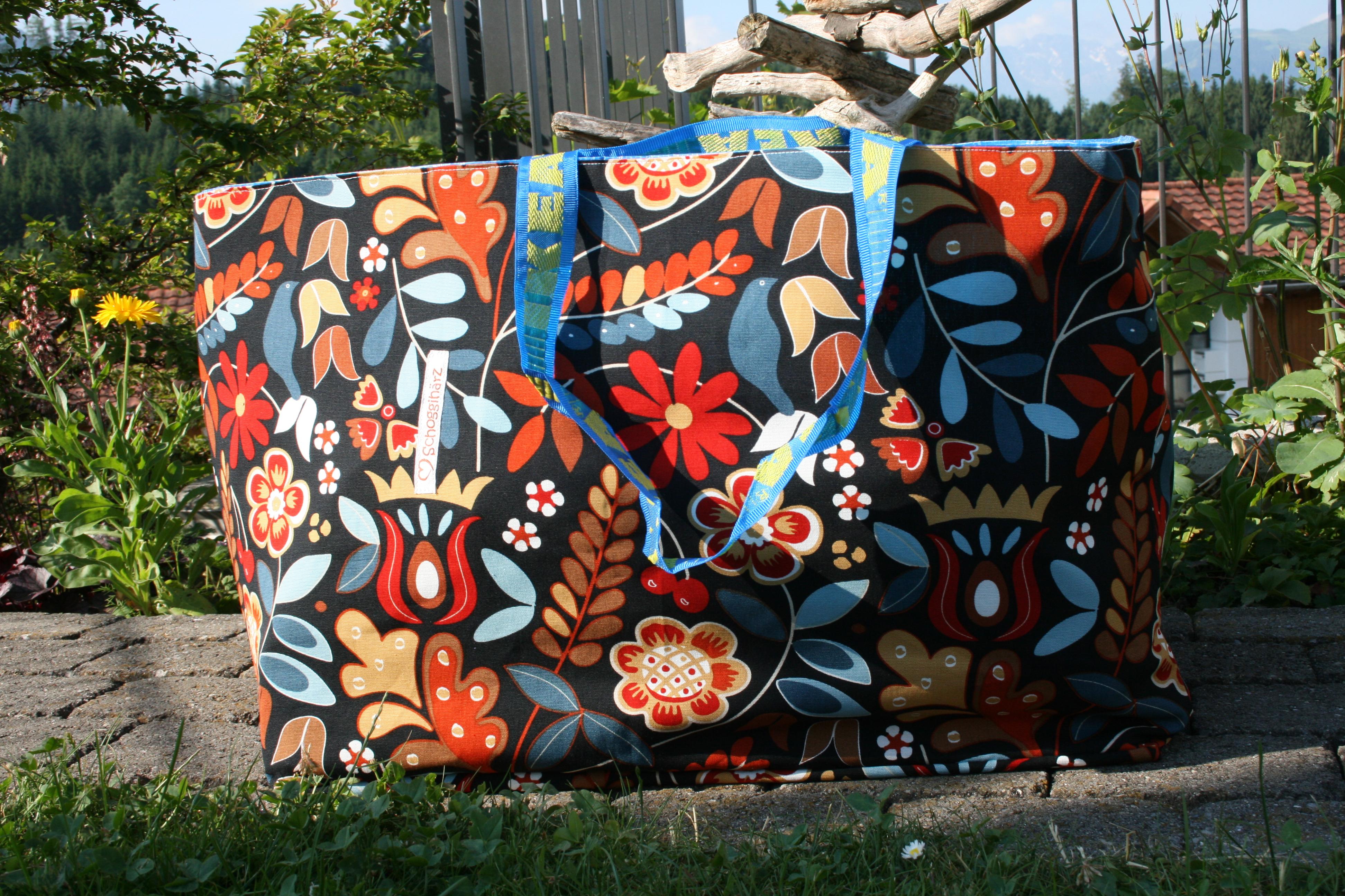 Ikeabadetasche, retro Blumen