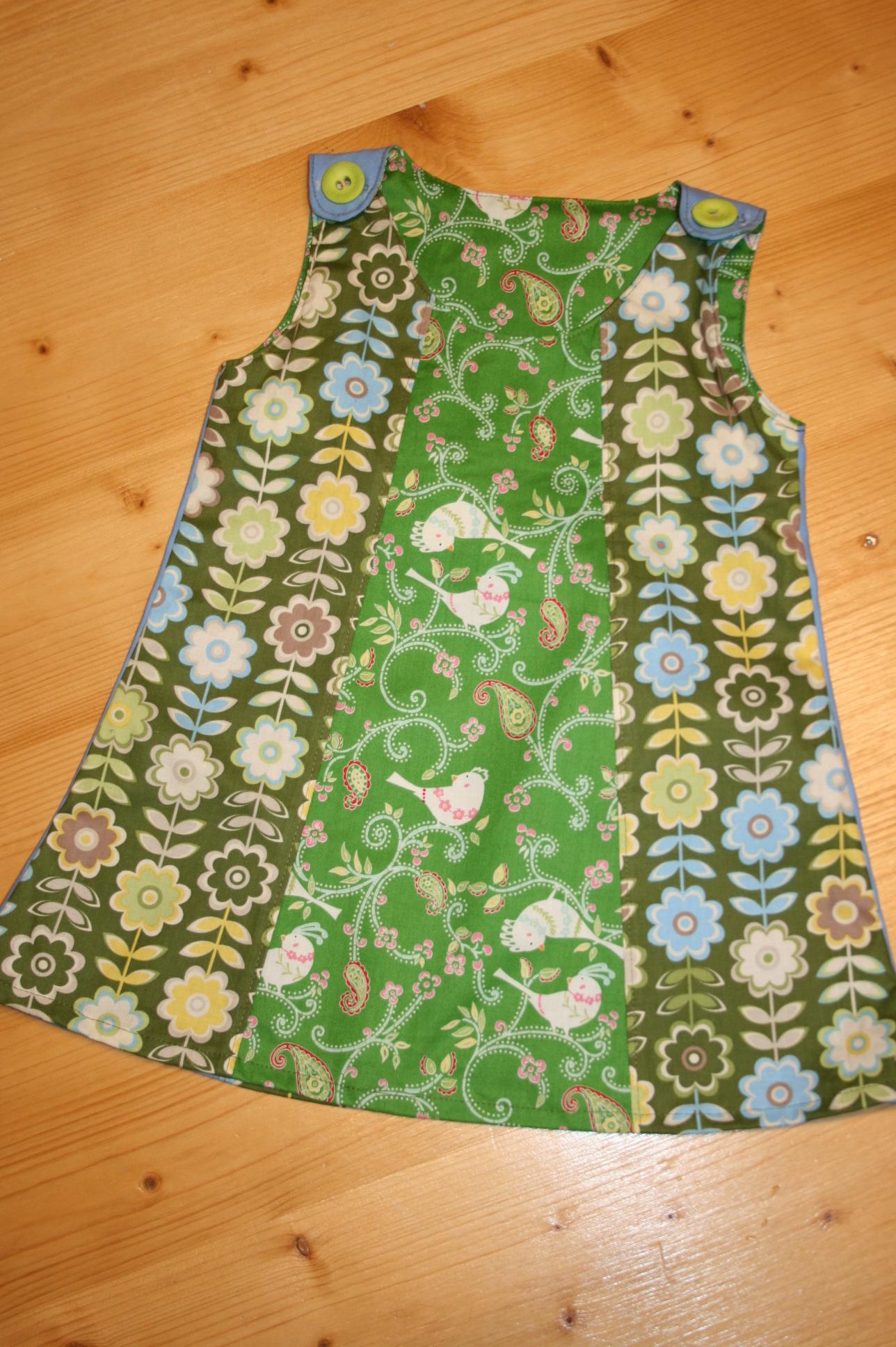 Kleid grün Vögeli