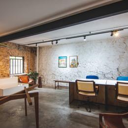 Sala de reunião, Galeria, sala de aula e estúdio fotográfico