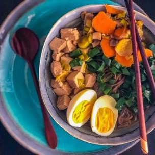 Ramen polévka s tofu