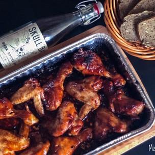 Lepkavá rumová kuřecí křidélka