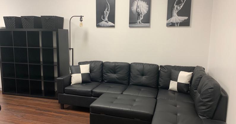 Dancer's Lounge