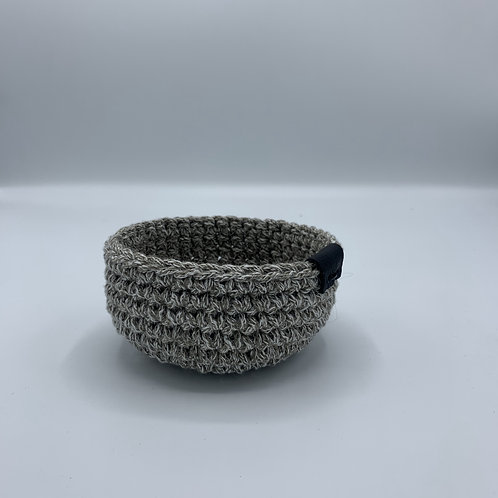 Handgemachtes Körbchen 'Grau Meliert'
