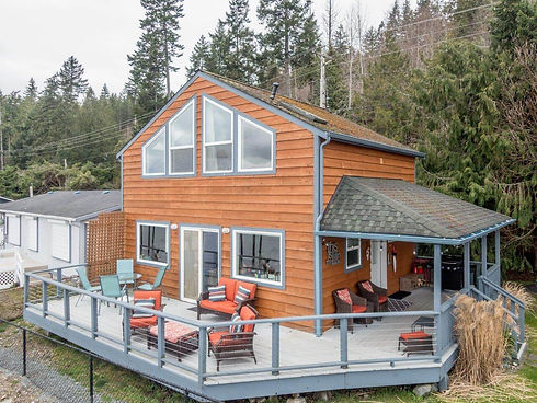 Vacation Homes on Hood Canal Giggle Fish Main House Exterior 2