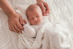 Anja Hackert - Neugeborenen Fotografie