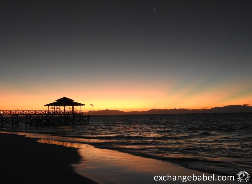 mantanani_blue_life_ocean_sunrise_malaysia