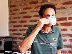 tasting ecuadorian coffee