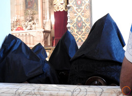 Echmiadzin - armenian church's priest.jp