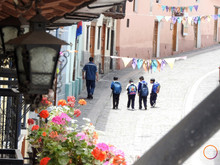 wlaking about quito